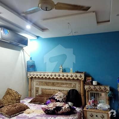 انگوری باغ لاہور میں 3 کمروں کا 2 مرلہ فلیٹ 19 ہزار میں کرایہ پر دستیاب ہے۔