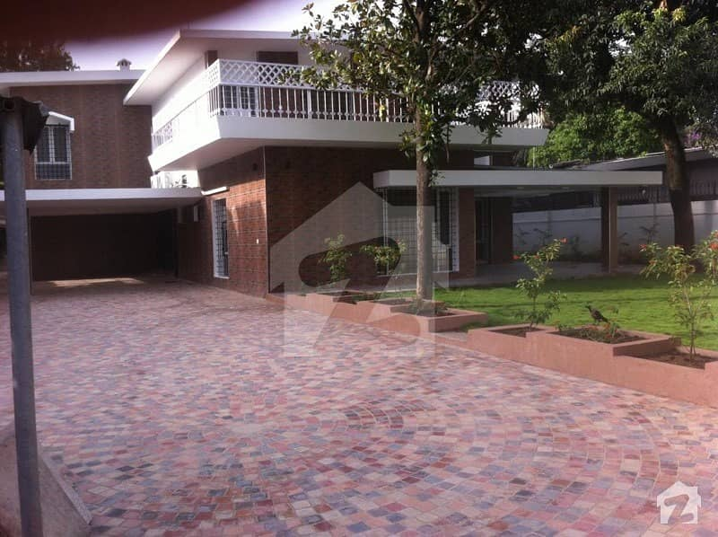 F-7/3 Fully Renovated House  5 Bedroom Moderen Bathroom Handsome Incoming Rent