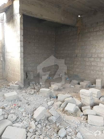 لکھنؤ سوسائٹی کورنگی کراچی میں 1 کمرے کا 4 مرلہ مکان 58 لاکھ میں برائے فروخت۔