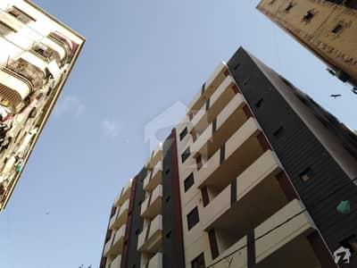 گارڈن ویسٹ کراچی میں 2 کمروں کا 5 مرلہ فلیٹ 80 لاکھ میں برائے فروخت۔