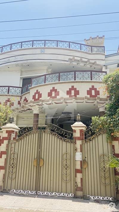 10 Marla Slightly Used Double Storey House On Main Road