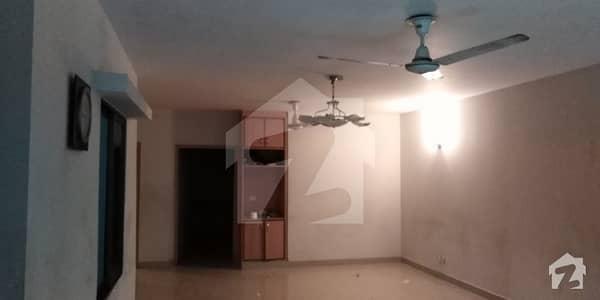 رحمان گارڈنز لاہور میں 3 کمروں کا 10 مرلہ فلیٹ 45 ہزار میں کرایہ پر دستیاب ہے۔