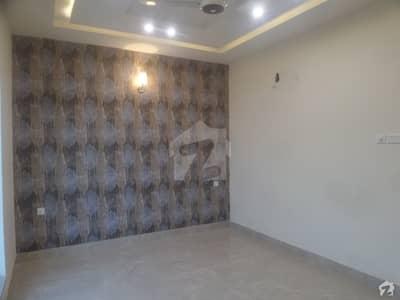النور گارڈن فیصل آباد میں 4 کمروں کا 5 مرلہ مکان 86 لاکھ میں برائے فروخت۔