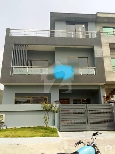 ڈی ۔ 12/1 ڈی ۔ 12 اسلام آباد میں 3 کمروں کا 4 مرلہ مکان 1.9 کروڑ میں برائے فروخت۔