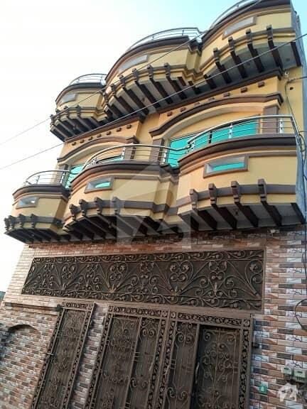 جھلم روڈ چکوال میں 7 کمروں کا 7 مرلہ مکان 1 کروڑ میں برائے فروخت۔
