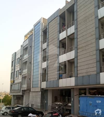 لینیر کمرشل سینٹر بحریہ ٹاؤن راولپنڈی راولپنڈی میں 1 کمرے کا 2 مرلہ فلیٹ 28 لاکھ میں برائے فروخت۔