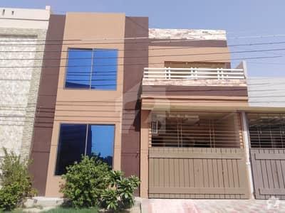 سٹی گارڈن ہاؤسنگ سکیم جہانگی والا روڈ بہاولپور میں 4 کمروں کا 5 مرلہ مکان 80 لاکھ میں برائے فروخت۔