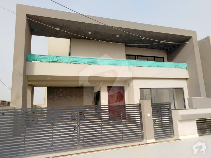 5 Bedrooms Luxury Villa For Sale In Bahria Town Karachi