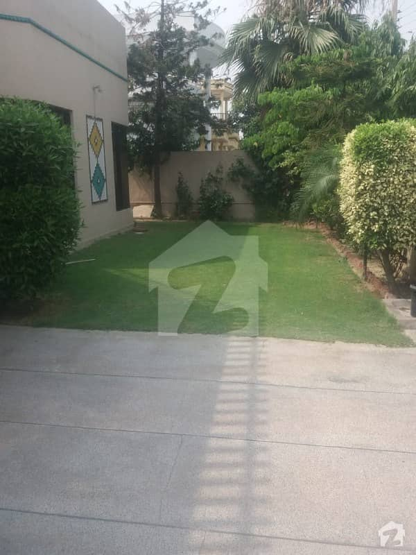 D H A Lahore 1 Kanal Single Storey House With 100 Original Pics Available For Rent