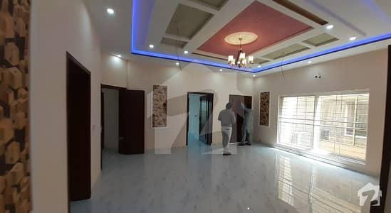 Facing Park Corner 10 Marla House For Sale With Real Pix Near Shaukat Khanum