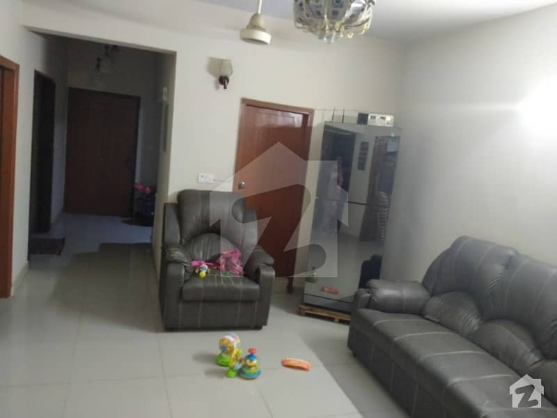 3 Bed D/d Total 5 Rooms Is Available For Sale