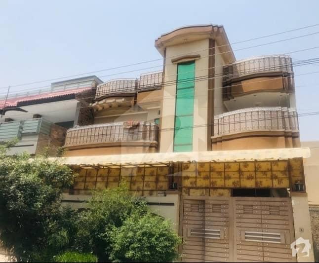 حیات آباد فیز 7 - ای5 حیات آباد فیز 7 حیات آباد پشاور میں 8 کمروں کا 10 مرلہ مکان 3.4 کروڑ میں برائے فروخت۔