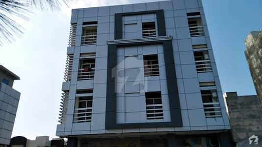 لینیر کمرشل سینٹر بحریہ ٹاؤن راولپنڈی راولپنڈی میں 1 کمرے کا 2 مرلہ فلیٹ 35 لاکھ میں برائے فروخت۔
