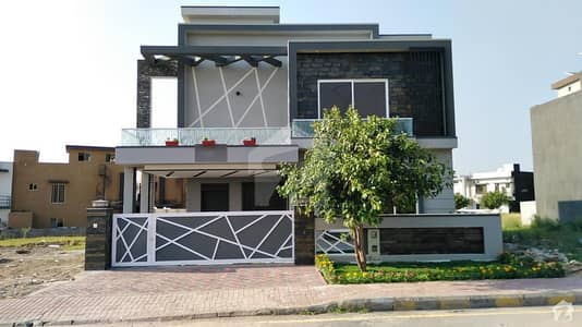 11 Marla Designer House Is Available For Sale