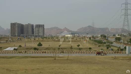 ایم پی سی ایچ ایس - بلاک ڈی ایم پی سی ایچ ایس ۔ ملٹی گارڈنز بی ۔ 17 اسلام آباد میں 8 مرلہ رہائشی پلاٹ 37 لاکھ میں برائے فروخت۔