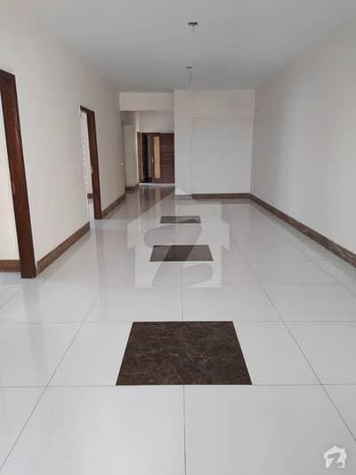 دہلی مرکنٹائل سوسائٹی گلشنِ اقبال ٹاؤن کراچی میں 3 کمروں کا 7 مرلہ فلیٹ 2.4 کروڑ میں برائے فروخت۔