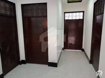 سیٹیلائیٹ ٹاؤن جھنگ میں 4 کمروں کا 5 مرلہ مکان 65 لاکھ میں برائے فروخت۔