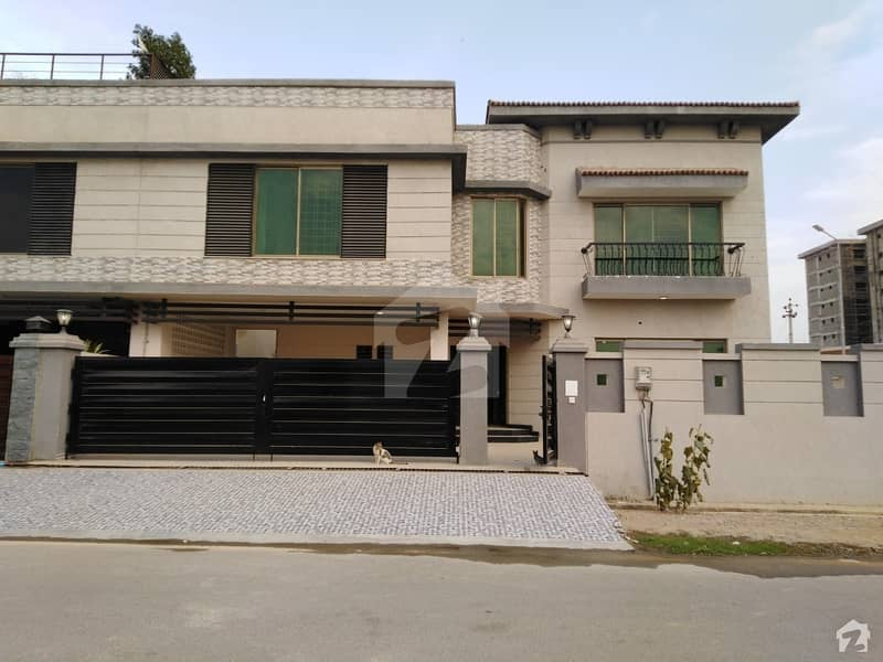 Prime Location Corner East Open Brigadier House Sec H For Sale In Askari 5 Malir Cantt Karachi