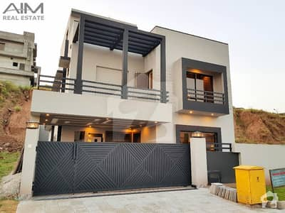 Designer 10 Marla House Is Available For Sale