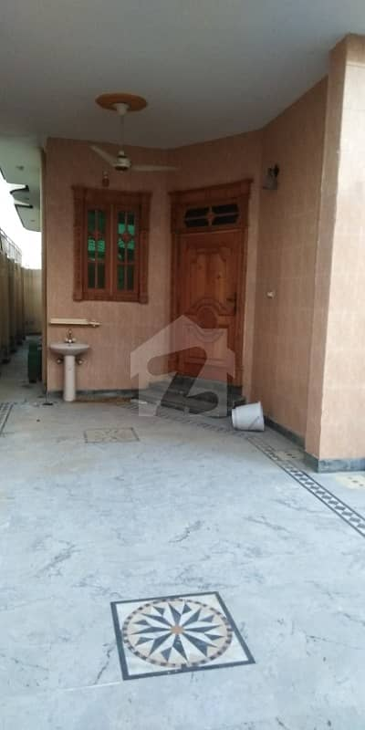 10 Marla Double Story House For Sale In Gulberg Mardan