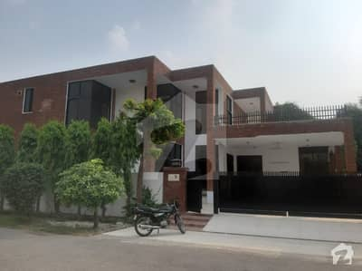 Fully Tiled Bungalow 1 Kanal Available For Rent In Dha Phase 3 W