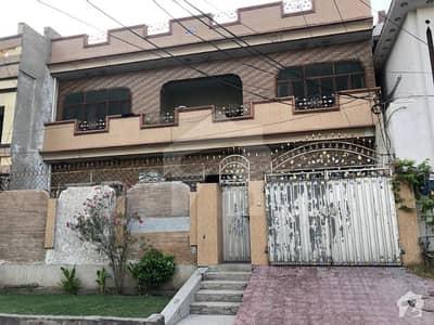 شیخ کالونی فیصل آباد میں 7 کمروں کا 10 مرلہ مکان 2.3 کروڑ میں برائے فروخت۔