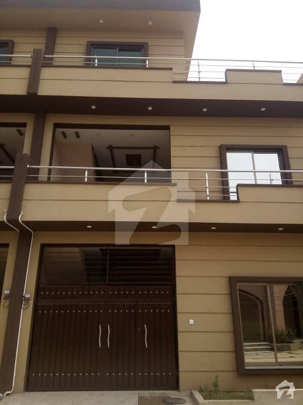 غوث گارڈن - فیز 4 غوث گارڈن لاہور میں 4 کمروں کا 5 مرلہ مکان 75 لاکھ میں برائے فروخت۔