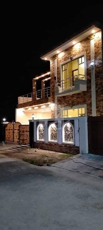 گوجارا روڈ جھنگ میں 5 کمروں کا 8 مرلہ مکان 1.35 کروڑ میں برائے فروخت۔