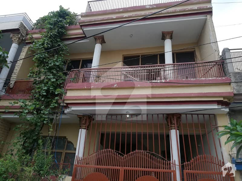 4 Marla House 2.5 Storey Building With All Facilities