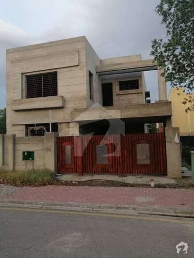 11 Marla Grey Structure House For Sale