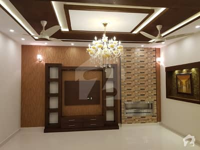 10 Marla Brand New Luxury Stylish House For Rent In Bahria Town Lahore