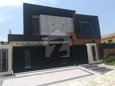 1 Kanal Top Height Designer House For Sale