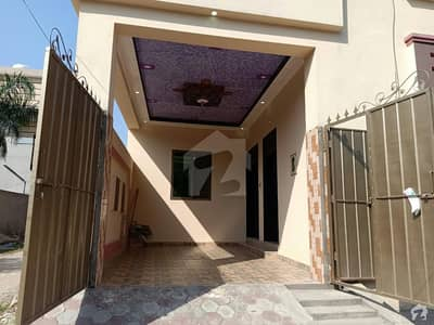 شادمان کالونی گجرات میں 5 کمروں کا 7 مرلہ مکان 35 ہزار میں کرایہ پر دستیاب ہے۔
