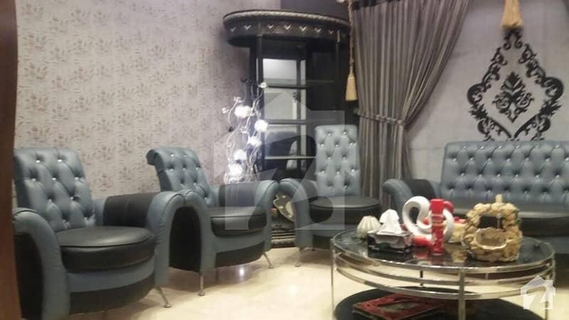 کلفٹن ۔ بلاک 5 کلفٹن کراچی میں 5 کمروں کا 1 کنال مکان 15 کروڑ میں برائے فروخت۔
