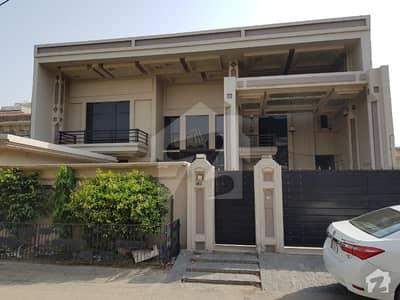 House For Sale On Main Boulevard In Sarfraz Colony Faisalabad