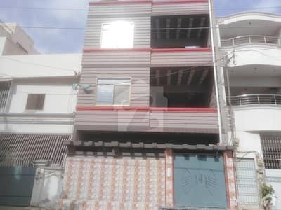 نارتھ کراچی ۔ سیکٹر 9 نارتھ کراچی کراچی میں 6 کمروں کا 5 مرلہ مکان 1.75 کروڑ میں برائے فروخت۔