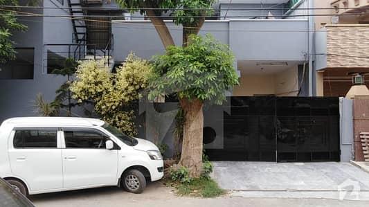 علامہ اقبال ٹاؤن ۔ کامران بلاک علامہ اقبال ٹاؤن لاہور میں 6 کمروں کا 10 مرلہ مکان 1.69 کروڑ میں برائے فروخت۔