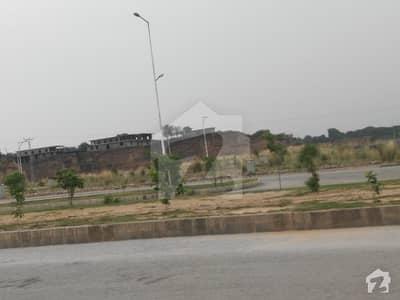 ڈی ایچ اے ویلی - آلینڈر سیکٹر ڈی ایچ اے ویلی ڈی ایچ اے ڈیفینس اسلام آباد میں 8 مرلہ کمرشل پلاٹ 90 لاکھ میں برائے فروخت۔