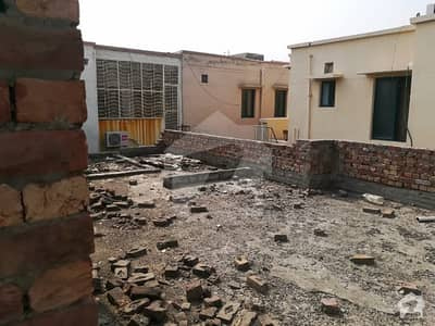 10 Marla House Incomplete Ideal Location For Sale