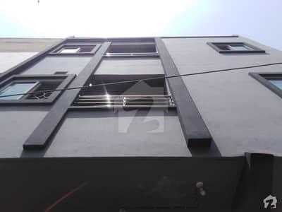اچھرہ لاہور میں 2 کمروں کا 4 مرلہ فلیٹ 25 ہزار میں کرایہ پر دستیاب ہے۔