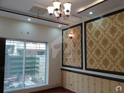 نشیمنِ اقبال فیز 1 نشیمنِ اقبال لاہور میں 5 کمروں کا 10 مرلہ مکان 2 کروڑ میں برائے فروخت۔