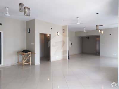 13th Floor Creek Vista 4 BED Apartment Available For Rent