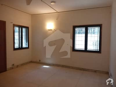 A 1000 Y Commercial Bungalow Available For Rent In Clifton Block 2