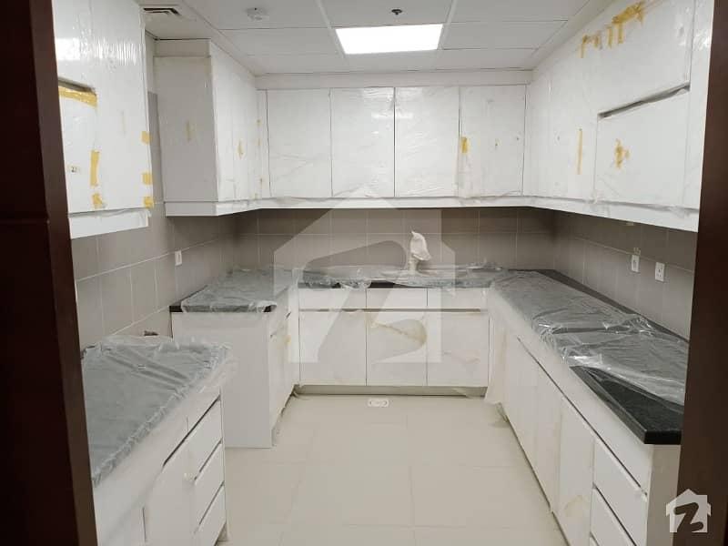کلفٹن ۔ بلاک 5 کلفٹن کراچی میں 4 کمروں کا 10 مرلہ مکان 7 کروڑ میں برائے فروخت۔