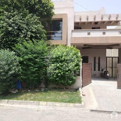 پیس وُوڈلینڈز بیدیاں روڈ لاہور میں 4 کمروں کا 10 مرلہ مکان 55 ہزار میں کرایہ پر دستیاب ہے۔