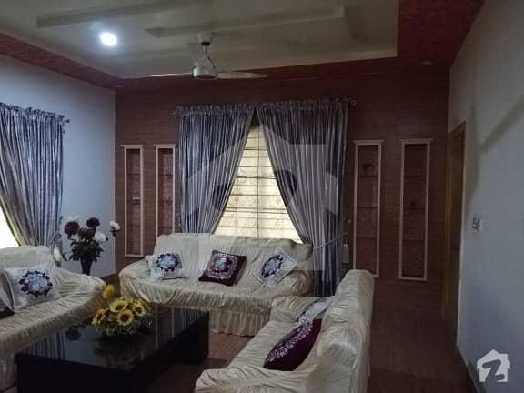 واپڈا سٹی فیصل آباد میں 2 کنال مکان 5 کروڑ میں برائے فروخت۔