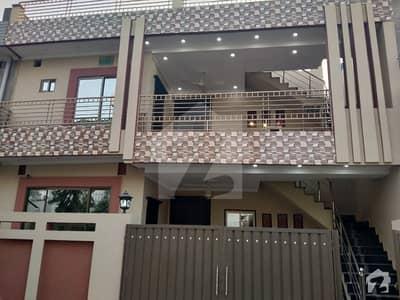 پی جی ای سی ایچ ایس فیز 1 پنجاب گورنمنٹ ایمپلائیز سوسائٹی لاہور میں 5 کمروں کا 10 مرلہ مکان 2.1 کروڑ میں برائے فروخت۔