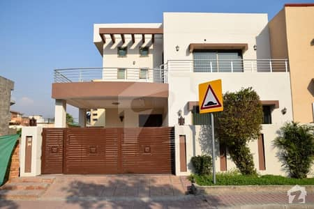 11 Marla House For Sale In Phase 2