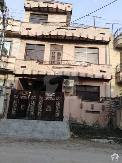آئی ۔ 10/4 آئی ۔ 10 اسلام آباد میں 4 کمروں کا 6 مرلہ مکان 2.25 کروڑ میں برائے فروخت۔