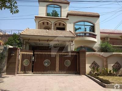 گلریز ہاؤسنگ سوسائٹی فیز 2 گلریز ہاؤسنگ سکیم راولپنڈی میں 4 کمروں کا 10 مرلہ مکان 2.1 کروڑ میں برائے فروخت۔